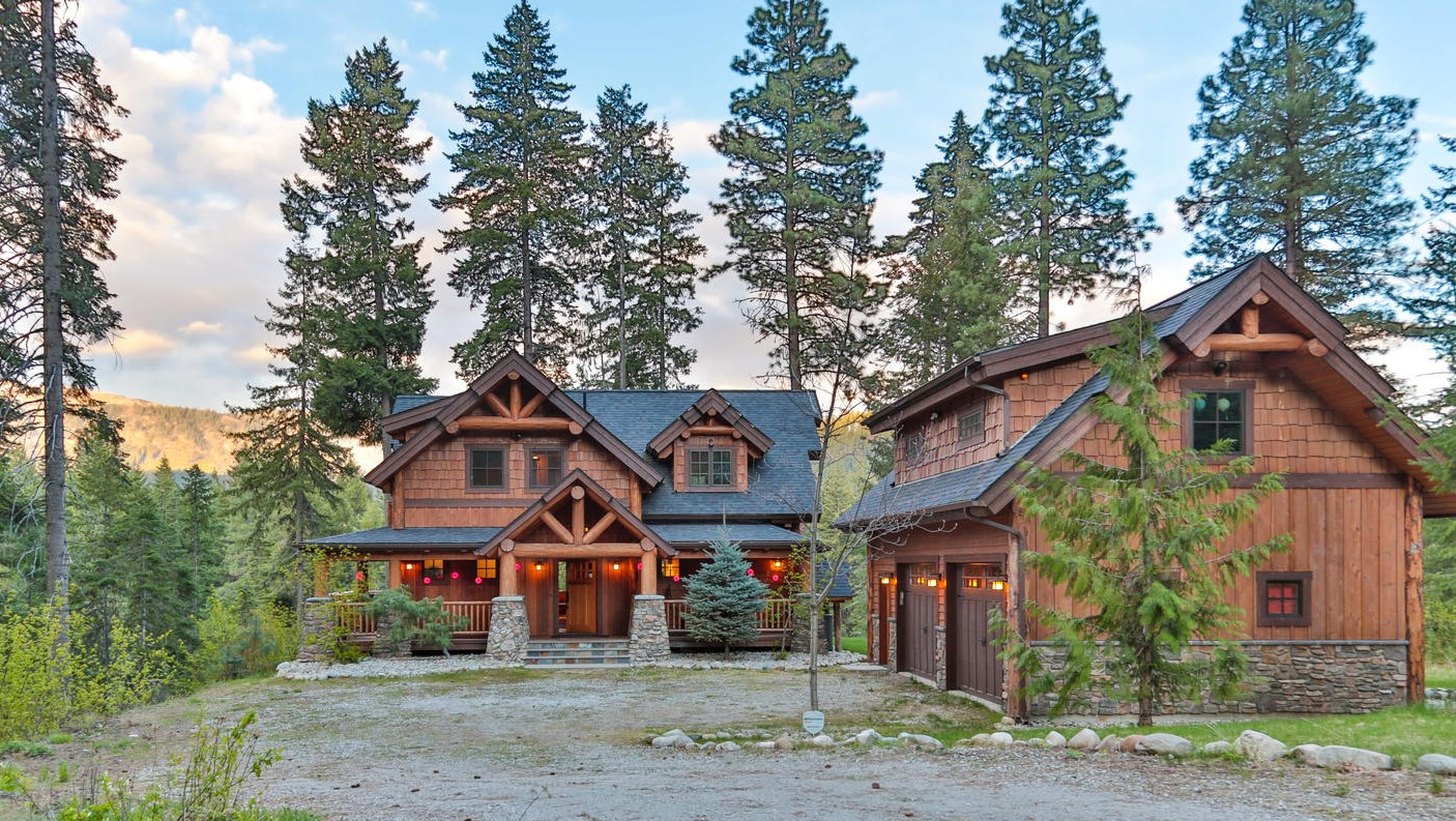 Big Chief Mountain Lodge - Natural Element Homes