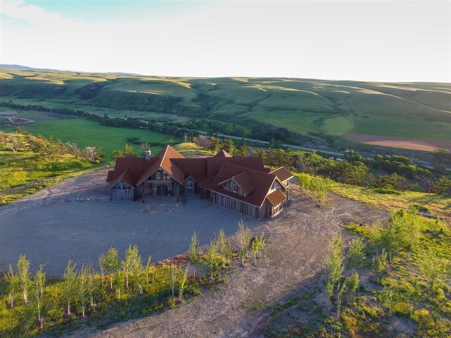 Lucky man ranch plan details natural element homes for The ranches at belt creek